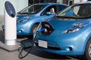 Chemische Gefahr von Batterien in elektrischen Autos