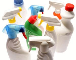 Envases de productos de limpieza